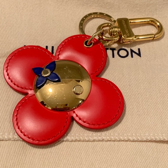 4baa463744d Louis Vuitton Accessories